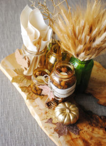 Thanksgiving Centerpieces - Mason Jar style-I don't know how she does it